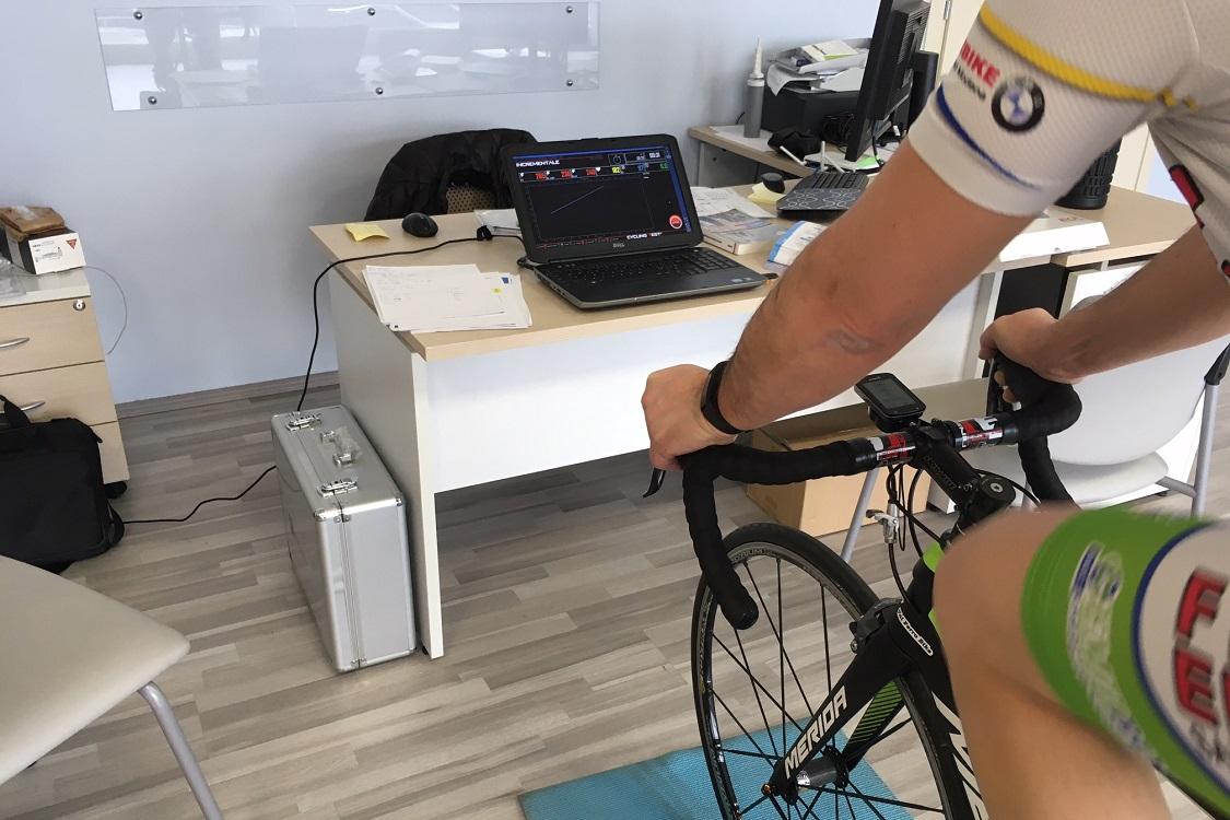 Valutazione della potenza del picco del ciclista